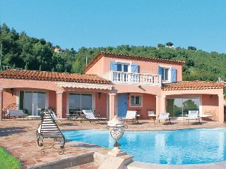 5 bedroom Villa in Carqueiranne, Provence-Alpes-Côte d'Azur, France : ref 543589