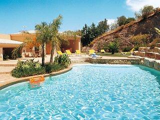 5 bedroom Villa in Alcalar, Faro, Portugal : ref 5434709