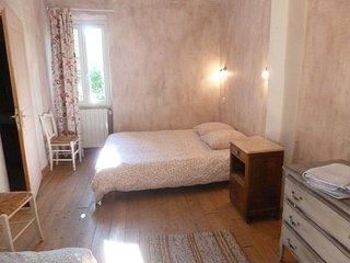 5 chambres à Savoillan