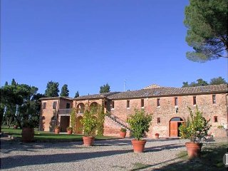 12 bedroom Villa in Siena, Tuscany, Italy : ref 5433402