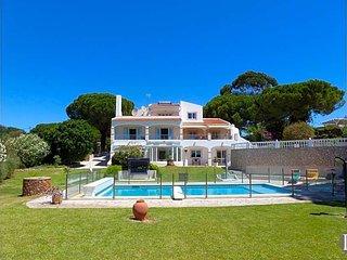 6 bedroom Villa in Carvoeiro, Faro, Portugal : ref 5433514