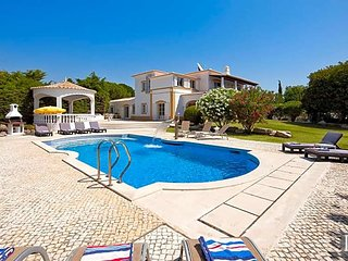 7 bedroom Villa in Carvoeiro, Faro, Portugal : ref 5433507