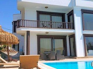 5 bedroom Villa in Bodrum, Mugla, Turkey : ref 5433458