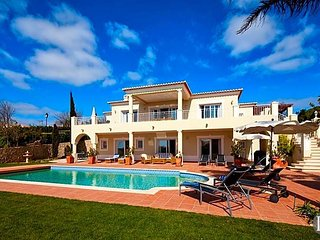 4 bedroom Villa in Praia Da Luz, Faro, Portugal : ref 5433500