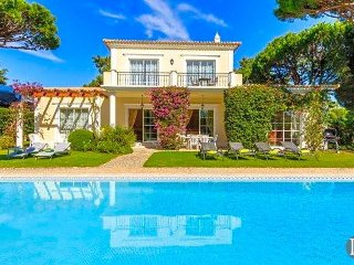Quinta do Lago Villa Sleeps 6 with Pool Air Con and WiFi - 5433470