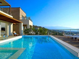 4 bedroom Villa in Heraklion, Crete, Greece : ref 5433483