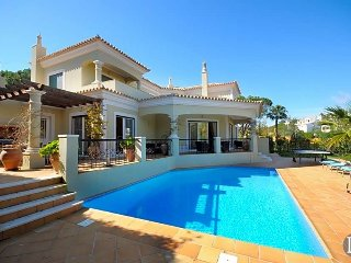 3 bedroom Villa in Vale do Lobo, Faro, Portugal : ref 5433296