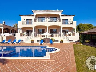 6 bedroom Villa in Quinta do Lago, Faro, Portugal : ref 5433436