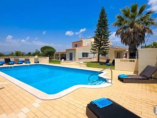 6 bedroom Villa in Carvoeiro, Faro, Portugal : ref 5433201
