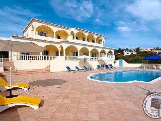 4 bedroom Villa in Lagos, Faro, Portugal : ref 5433036