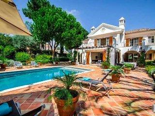 Quinta do Lago Villa Sleeps 8 with Pool Air Con and WiFi - 5433193