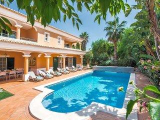4 bedroom Villa in Vale do Lobo, Faro, Portugal : ref 5433015