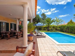 Quinta do Lago Villa Sleeps 6 with Pool - 5433233