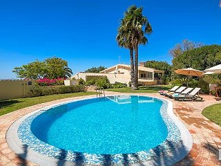 3 bedroom Villa in Boliqueime, Faro, Portugal : ref 5433266