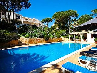 5 bedroom Villa in Quinta do Lago, Faro, Portugal : ref 5433013