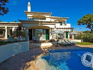 Quinta do Lago Villa Sleeps 8 with Pool Air Con and WiFi - 5433002