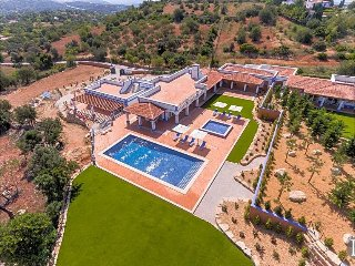 Malhadais Villa Sleeps 6 with Pool and Air Con - 5433095