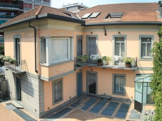 6 bedroom Villa in Monza, Lombardy, Italy : ref 5422060