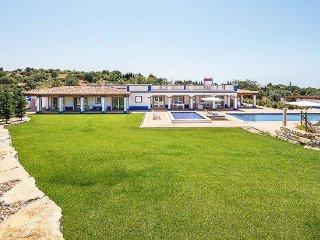4 bedroom Villa in Malhadais, Faro, Portugal - 5405539