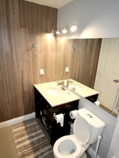 The master ensuite is also fully equipped with towels, toiletries, body wash and shampoo.