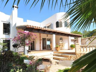3 bedroom Villa in Cala d'Or, Balearic Islands, Spain : ref 5333808