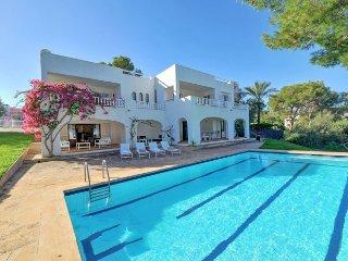 6 bedroom Villa in Cala d'Or, Balearic Islands, Spain : ref 5333815