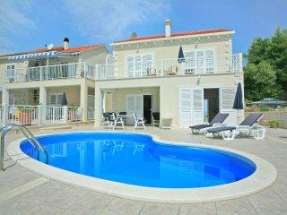 Villa Mirula (V5001-K1)