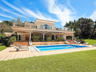 4 bedroom Villa in Quinta do Lago, Faro, Portugal : ref 5311375