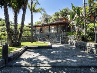 4 bedroom Villa in Santa Tecla, Sicily, Italy : ref 5312345
