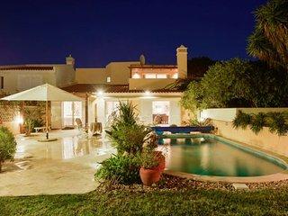 4 bedroom Villa in Vale do Lobo, Faro, Portugal : ref 5310465