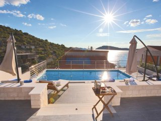 Nice home in Kalebova Luka w/ Sauna, WiFi and 4 Bedrooms (CDV100)