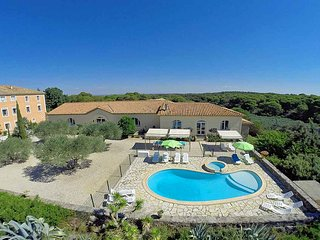 5 bedroom Villa in Portiragnes, Occitania, France : ref 5247172
