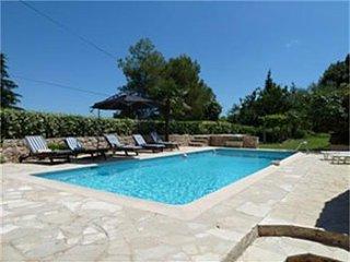 4 bedroom Villa in Grasse, Provence-Alpes-Cote d'Azur, France : ref 5247102
