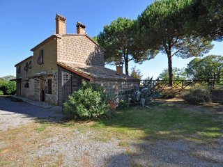 4 bedroom Villa in Torre San Severo, Umbria, Italy : ref 5241793