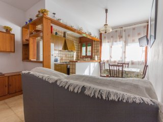 Sant Joan II-Next to the beach, air conditioning and free WIFI