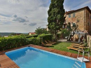 3 bedroom Villa in Pergine Valdarno, Tuscany, Italy : ref 5240928
