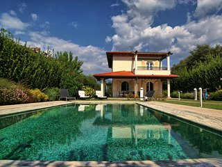 4 bedroom Villa in Forte dei Marmi, Tuscany, Italy : ref 5240907