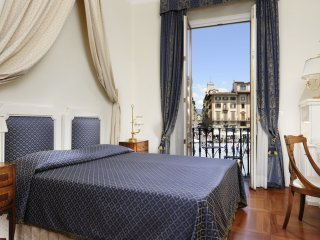 2 bedroom Apartment in Florence, Tuscany, Italy : ref 5240028