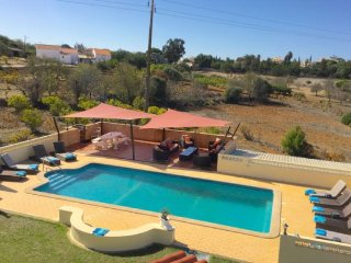 6 bedroom Villa in Carvoeiro, Faro, Portugal : ref 5239036