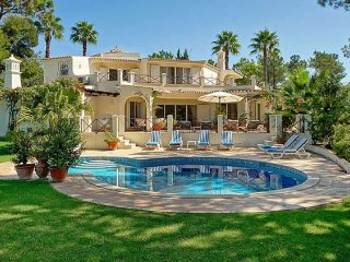 5 bedroom Villa in Quinta do Lago, Faro, Portugal : ref 5238949