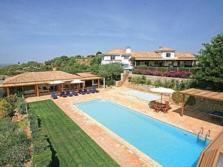 4 bedroom Villa in Malhadais, Faro, Portugal : ref 5238857