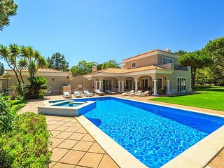 4 bedroom Villa in Quinta do Lago, Faro, Portugal : ref 5238853