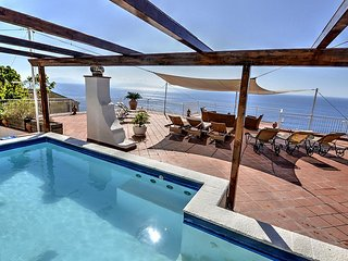 3 bedroom Villa with Pool, Air Con and WiFi - 5228522