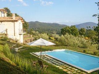 4 bedroom Villa in Colli-Vallicelli, Latium, Italy : ref 5218003