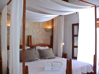 Habitacion doble con terraza en Hotel rural con vistas a la isla de Cabrera