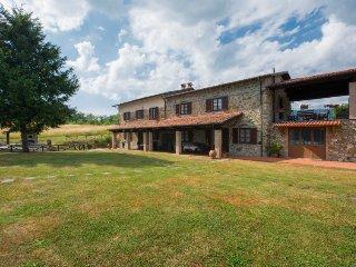 8 bedroom Villa in Castelnuovo di Garfagnana, Tuscany, Italy : ref 5055133