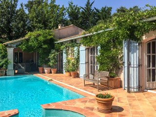 4 bedroom Villa in Grimaud, Provence-Alpes-Côte d'Azur, France : ref 5049590