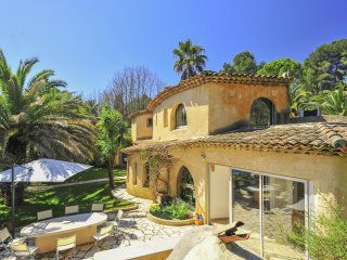 4 bedroom Villa in Sophia Antipolis, Provence-Alpes-Cote d'Azur, France : ref 50