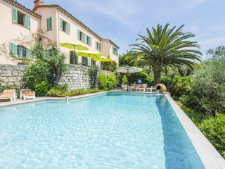 4 bedroom Villa in Grasse, Provence-Alpes-Cote d'Azur, France : ref 5049529
