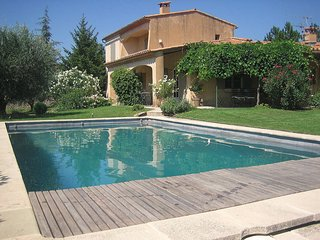 3 bedroom Villa in Saint-Saturnin-les-Apt, Provence-Alpes-Cote d'Azur, France :